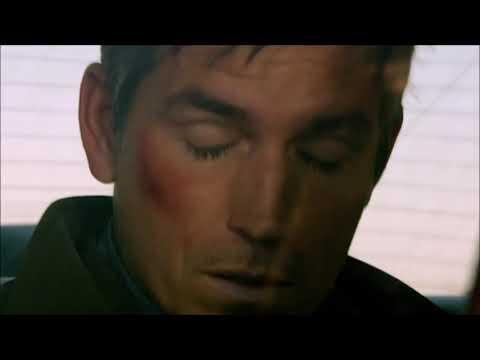 Person of Interest - John Reese in Detective Fusco's car (Season 1 Episode 1)