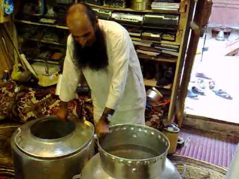 أبو محمد داخل البريق . شيء عجيب ما شاء الله