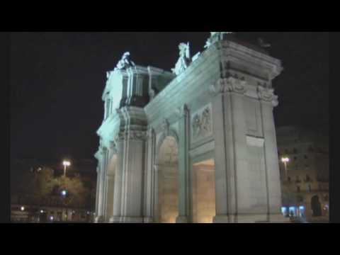 Básicos de Madrid: Puerta de Alcalá