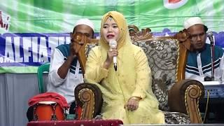 Video Berdakwah dan Berdangdut HJ.Alfiatul Muniroh MP3, 3GP, MP4, WEBM, AVI, FLV Juni 2018