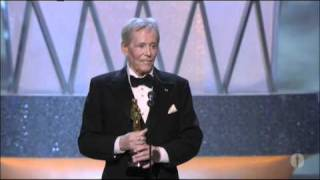 Video Peter O'Toole receiving an Honorary Oscar® MP3, 3GP, MP4, WEBM, AVI, FLV Maret 2019