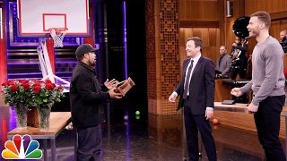 Video Random Object Shootout with Ice Cube and Blake Griffin MP3, 3GP, MP4, WEBM, AVI, FLV Desember 2018
