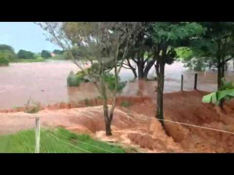 PORTAL OURINHOS - Chuva Forte Atinge Zona Rural Em Riberão do Sul