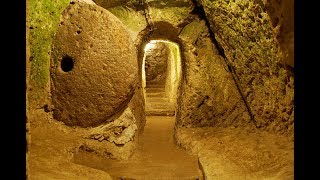 He Knocked Down A Wall In His House And Found An Entire Hidden City OUR Website : http://www.dduknow.com Facebook...