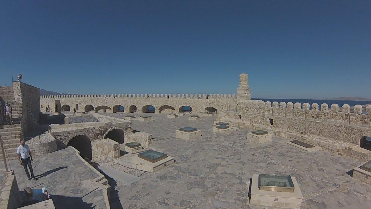 """Ο """"Κούλες"""", το ενετικό φρούριο στο λιμάνι του Ηρακλείου"""