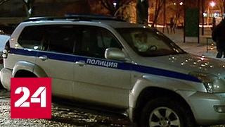 Ранивший полицейских мужчина заблокирован в квартире