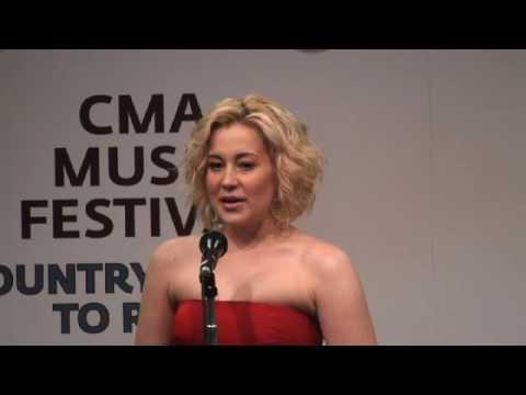 Kellie Pickler CMA Fest 2010 Interview