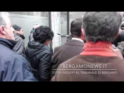L'arrivo di Ester Arzuffi al tribunale di Bergamo
