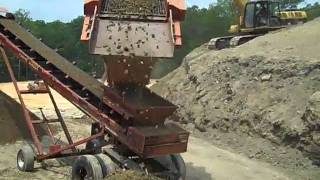 Video Extec top soil screen in action MP3, 3GP, MP4, WEBM, AVI, FLV Februari 2019