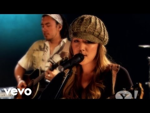 Colbie Caillat – Bubbly (Yahoo! Who's Next Performance)