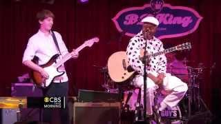 Video Blues prodigy 14 year old guitarist jams with blues legend MP3, 3GP, MP4, WEBM, AVI, FLV Januari 2019