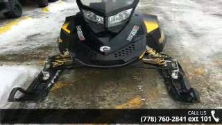 4. 2009 Ski-Doo Summit Everest 154 Rotax® 800R Power T.E.K....
