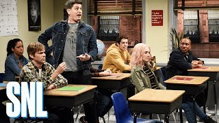 Video Late for Class - SNL MP3, 3GP, MP4, WEBM, AVI, FLV Maret 2018