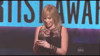 Justin Bieber Wins Breakthrough Artist   AMA 2010