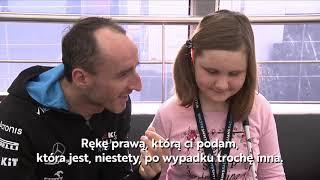 Wyluzowany Kubica spotyka się z niewidomą fanką. Szacun za dystans do siebie