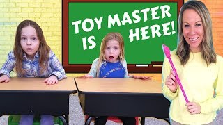 Video Toy Master Comes to Toy School MP3, 3GP, MP4, WEBM, AVI, FLV Juni 2019