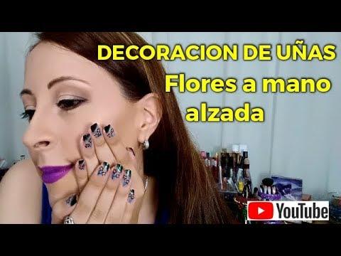Modelos de uñas - Decoración de Uñas Flores a Mano Alzada