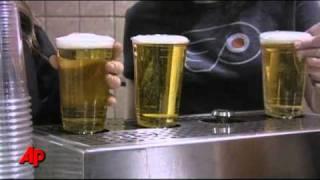 Nalewanie piwa przez dno kubka – nowy system, najszybszy na świecie