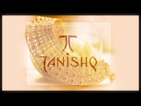 Diamond Necklace Set From Tanishq