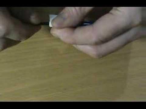 Come nascondere foglietti in una penna
