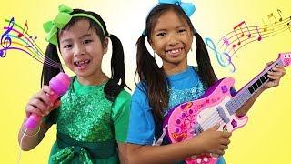 Video Wendy & Jannie Pretend Play Kids Got Talent Nursery Rhymes Sing-Along Song Challenge MP3, 3GP, MP4, WEBM, AVI, FLV Januari 2019