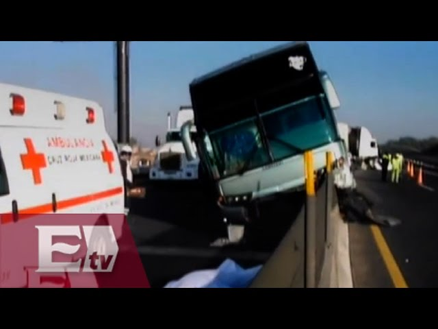 Accidente en Circuito Exterior Mexiquense deja un muerto