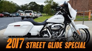 9. 2017 Harley-Davidson® FLHXS - Street Glide® Special Crushed Ice Pearl