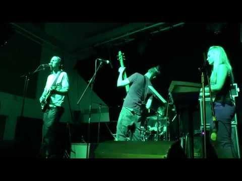 'Jaded Nights' live at Anglia Ruskin University - April Blue (видео)