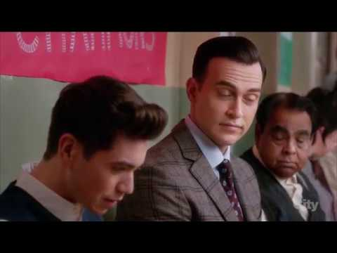 Mr. Peters / Cheyenne Jackson /Kenny O'Neal (meet the gay teacher #1) - The Real O'Neals (tv series) (видео)