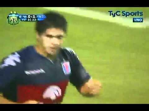 Golazo de Diego Morales frente al Gimnasia