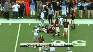 Kenjon Barner vs Oregon State and Tennessee (2010)