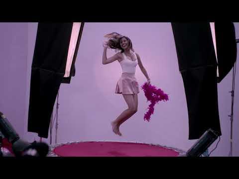 MTV India's Next Top Models on Livon Serum Billboards!