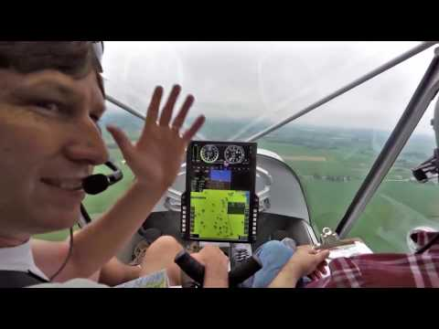 Flying in to Oshkosh 2018: Landing on the Yellow Dot