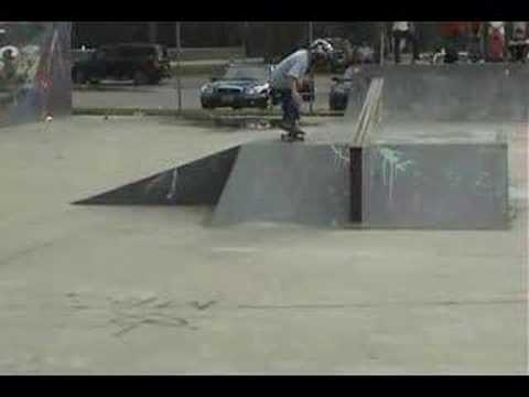 7 yr old Clay Dougherty at Myrtle Beach Skate Comp