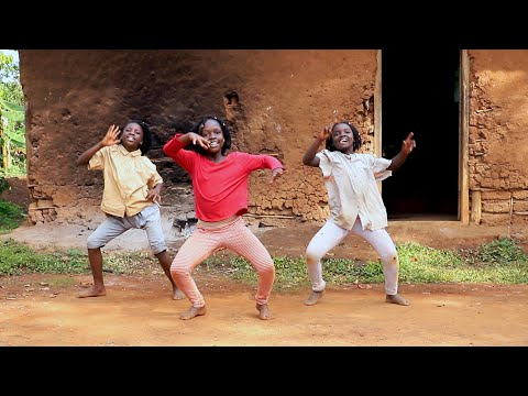 Masaka Kids Africana Dancing Merry Christmas [Official Dance Video]