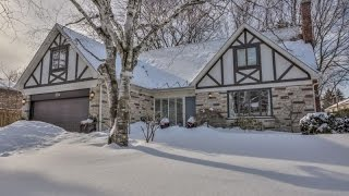 Oakville (ON) Canada  city pictures gallery : Classic Family Home in Oakville, Canada