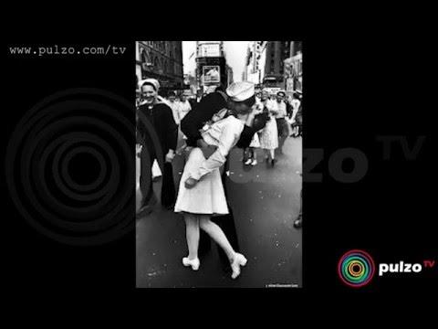 En el día internacional del beso, recuerde el beso más famoso del siglo 20 [Pulzo Video]