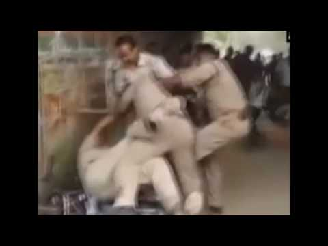 Must Watch Video: Policemen fight among themselves in Lucknow; what could be the reason?