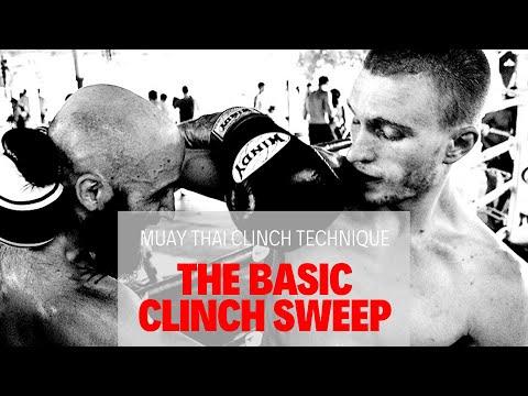 Muay Thai Clinch Techniques - A Basic, Simple Clinch Sweep видео