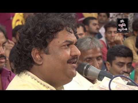 Video BHAGUDA 2016 || KIRTIDAN GADHAVI - OSMAN MIR - DEVRAJ GADHAVI || JUGALBANDHI LIVE DAYRO download in MP3, 3GP, MP4, WEBM, AVI, FLV January 2017