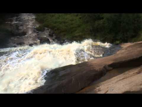 Cachoeira de Ribeirão Claro - estado do Paraná