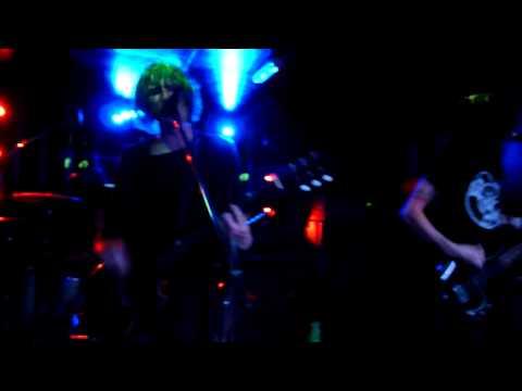 LostAlone - G.U.I.L.T.Y lyrics