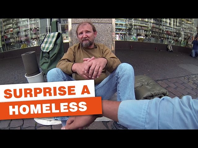 A Homeless Man Was Ignored Every Day Until A Stranger Approached. What Happened Next Was MAGICAL