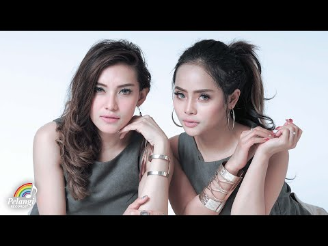 Dangdut - Duo Biduan - Cinta Putih (Official Lyric Video) | Soundtrack Orang Orang Kampung Duku