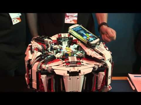 Lego robot smashes Rubik's Cube completion record video