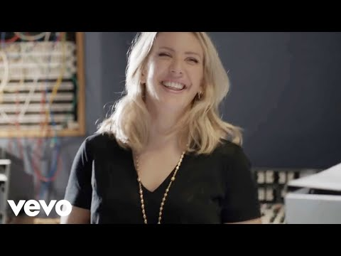 Ellie Goulding - Love Me Like You Do (Abbey Road Performance)