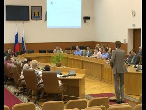 Накануне депутаты Городской Думы собрались за круглым столом, чтобы обсудить самые острые городские вопросы
