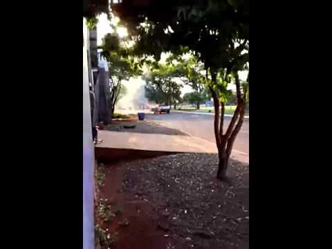 Maripá: Policia e caminhão da prefeitura é acionado para apagar fogo em Caminhonete Strada