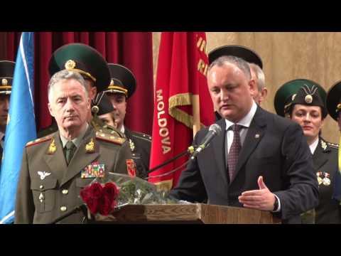 Președintele Republicii Moldova, Igor Dodon, a participat la adunarea solemnă a veteranilor Forțelor Armate și organelor de drept - GLORIA, dedicată Zilei Apărătorului Patriei