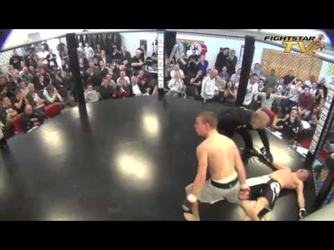 gorissen - MMA fight 2 x 2 min Wiebe Brouwer (Team Duncan) vs Nick Gorissen (Karate & MT school Alken) @ MMA tournament Fight 4 Fun, organized by Stichting MMA Nederlan...